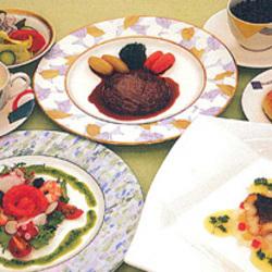 [洋食屋]レストラン フローラ