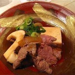 松茸の香りがとてもよくて牛肉も柔らかくて美味しいです☆