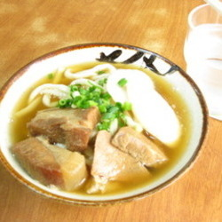 [郷土料理]沖縄そばの専門店 きしもと食堂