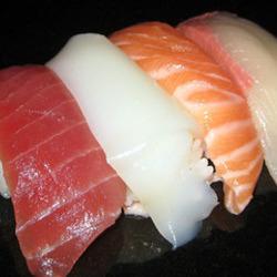 [寿司屋]那古野寿司