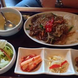 高田馬場で韓国料理はここに行きます。 きれいだし、店員さん…