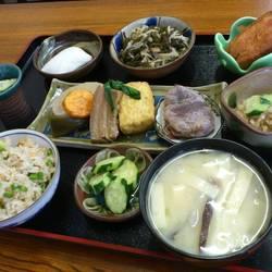 [沖縄料理]てんさぐ郷土料理