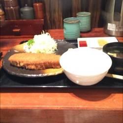 [食堂・定食]牛かつ もと村 東京駅八重洲口店