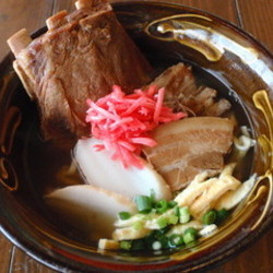 [沖縄料理]すーじぐゎーのそば屋さーふーふー