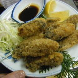 焼き牡蠣食べ放題でも、ちょっと味を変えて食べたくなるのが …