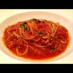 食べログの口コミで高評価だったトマトソースのスパゲッティ。…