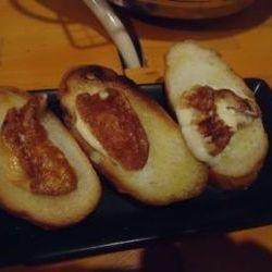 チーズをジュージューと焼いて食べるの最高です!!
