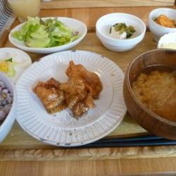 [カフェ]白壁Hanaco